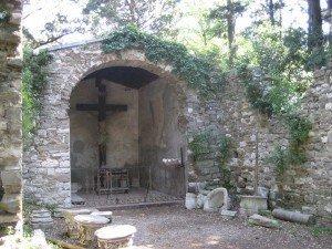 La cappella di San Canciano nel Parco di Miramare