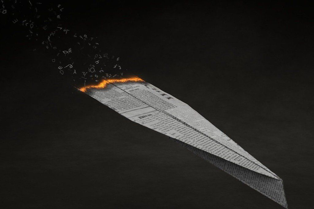 paper-planes-4011071_1280-1.jpg